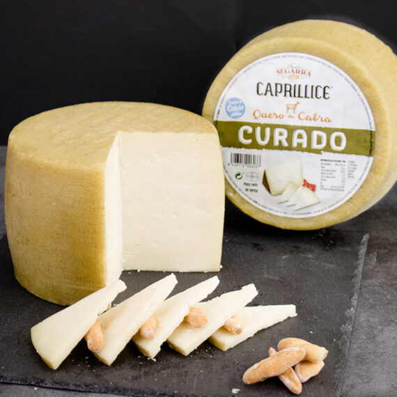 Queso curado de cabra, campeón de World Cheese awards en 2018-2019.