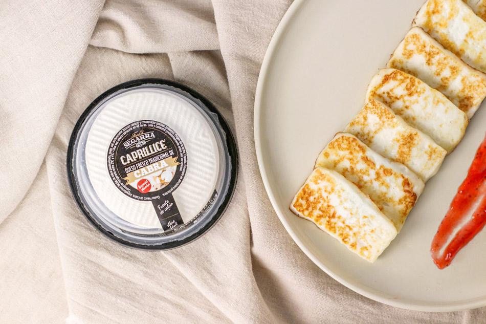 Una receta fácil y rápida: queso fresco a la plancha con mermelada