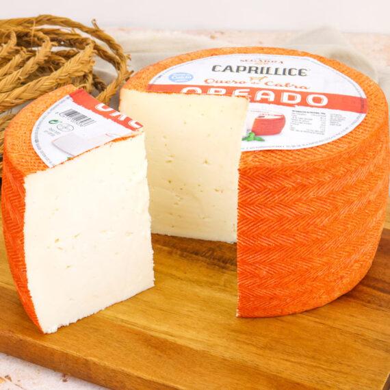 Queso oreado, uno de los quesos de cabra más vendido en España.