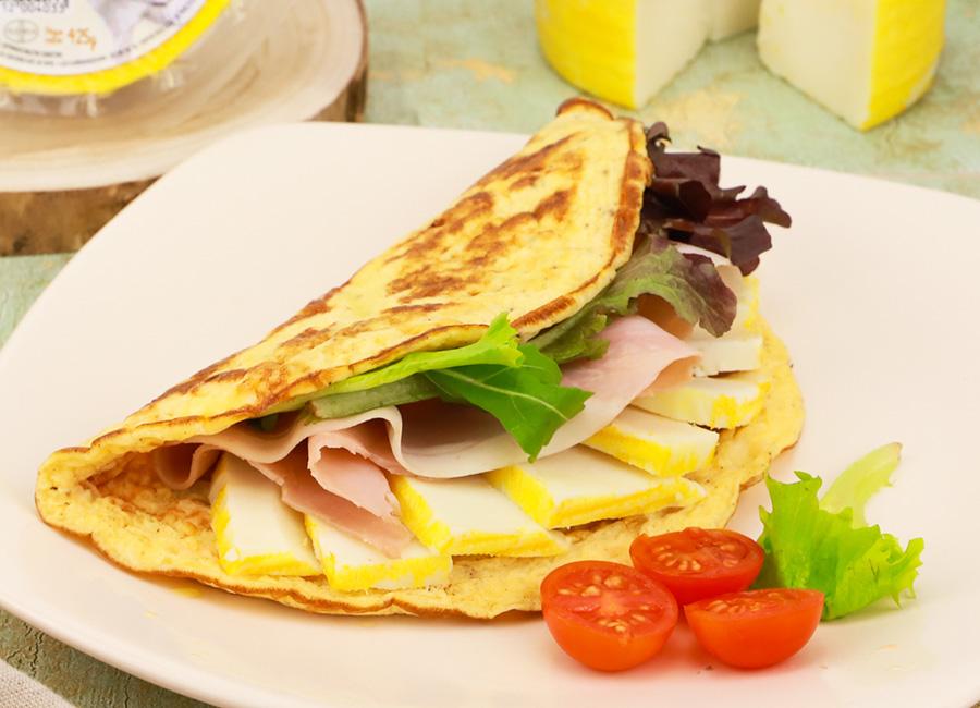 Receta saludable tortilla relleno de queso al bifidus de Lácteos Segarra