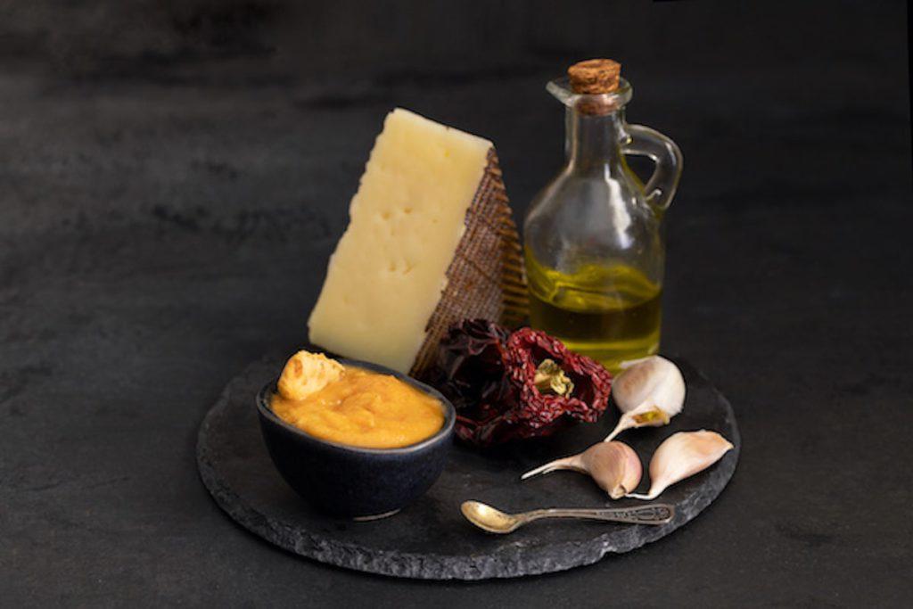 Los 10 mejores alimentos que combinan con queso